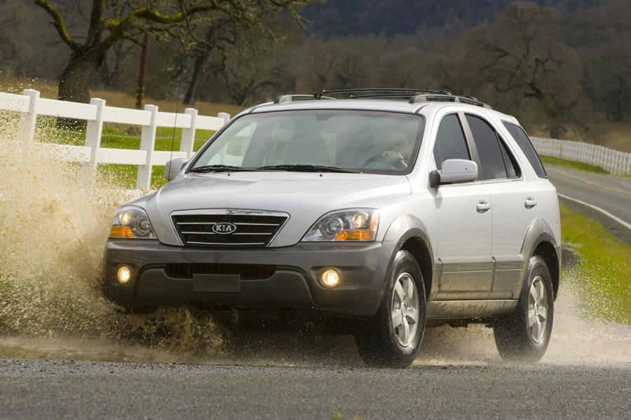 2009 Kia Sorento Overview Cars Com