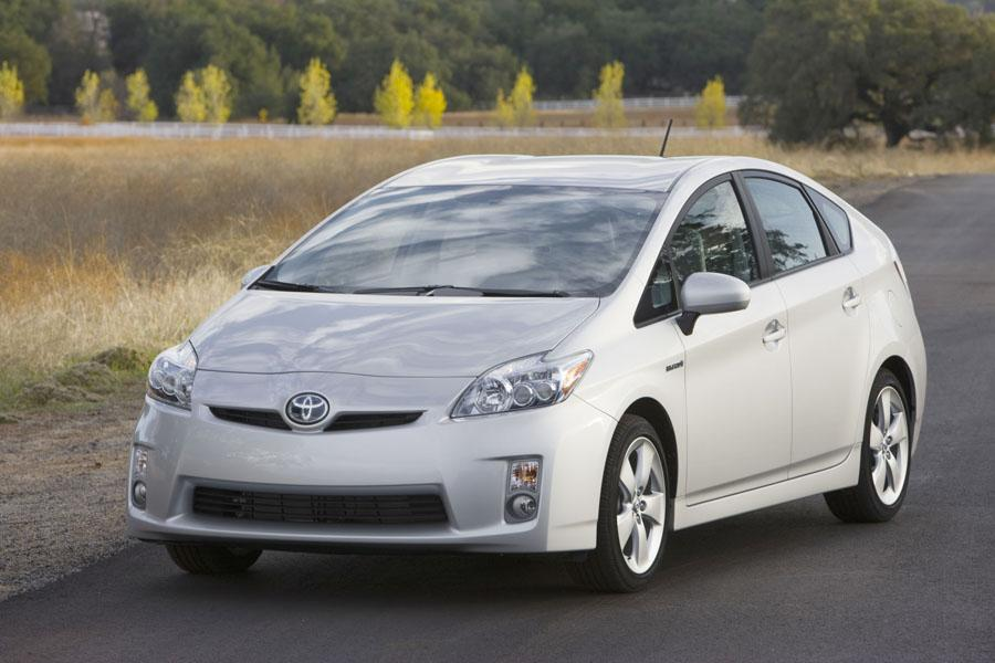 2010 toyota prius reviews specs and prices. Black Bedroom Furniture Sets. Home Design Ideas