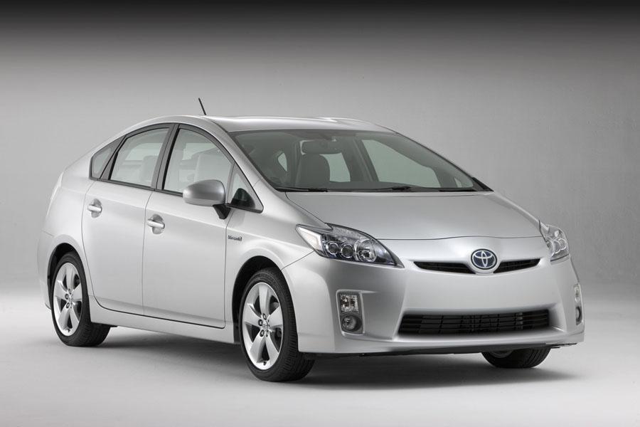 2010 Toyota Prius Overview Cars Com