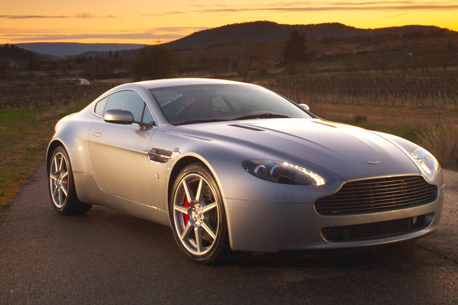 2009 aston martin v8 vantage overview. Black Bedroom Furniture Sets. Home Design Ideas