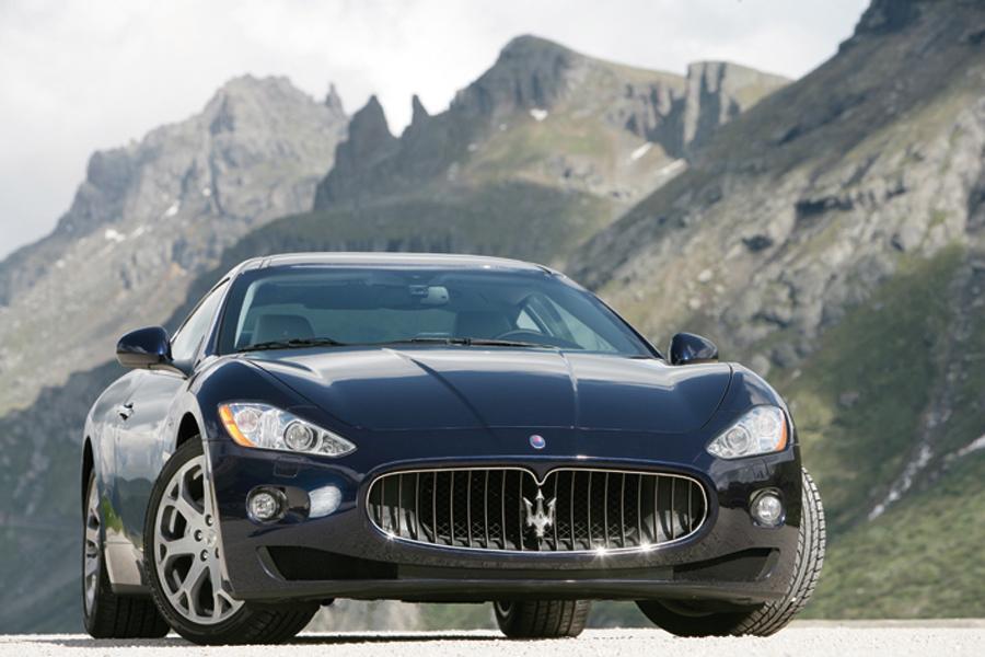 2009 Maserati GranTurismo Photo 2 of 8