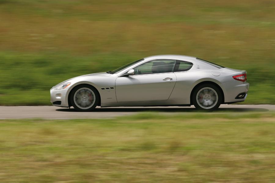 2009 Maserati GranTurismo Photo 4 of 8