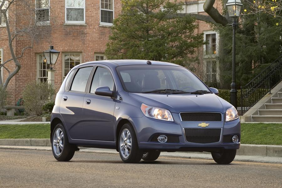 2010 Chevrolet Aveo Photo 3 of 22