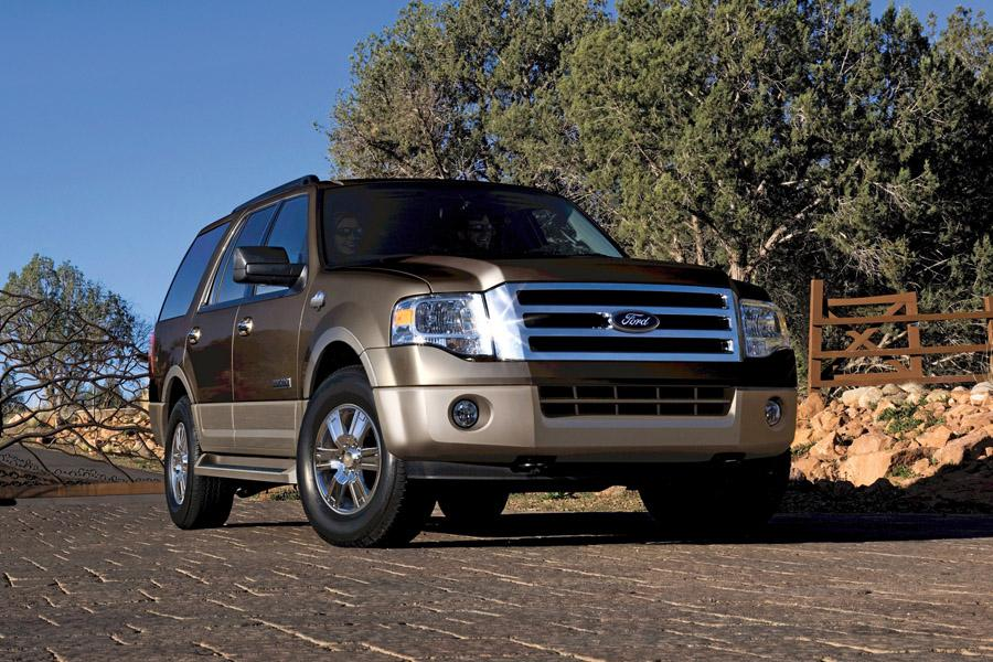 2010 Ford Expedition Photo 2 of 16