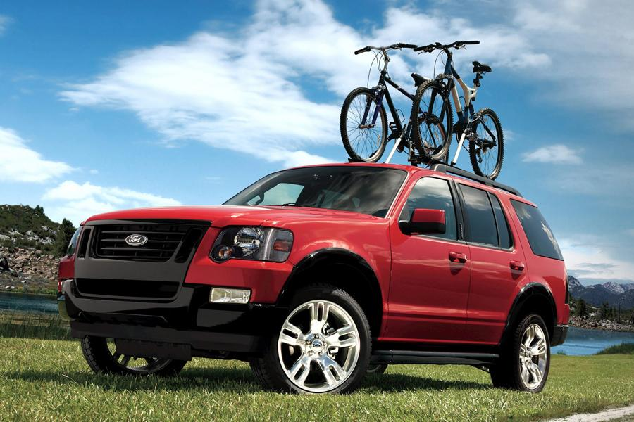 2010 Ford Explorer Photo 5 of 10