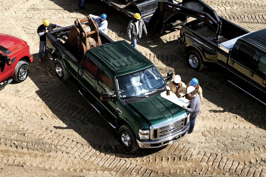 2010 Ford F-250 Photo 2 of 4