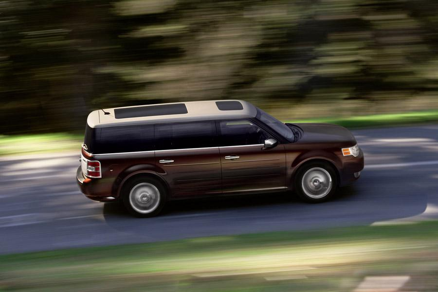 2010 Ford Flex Photo 4 of 19