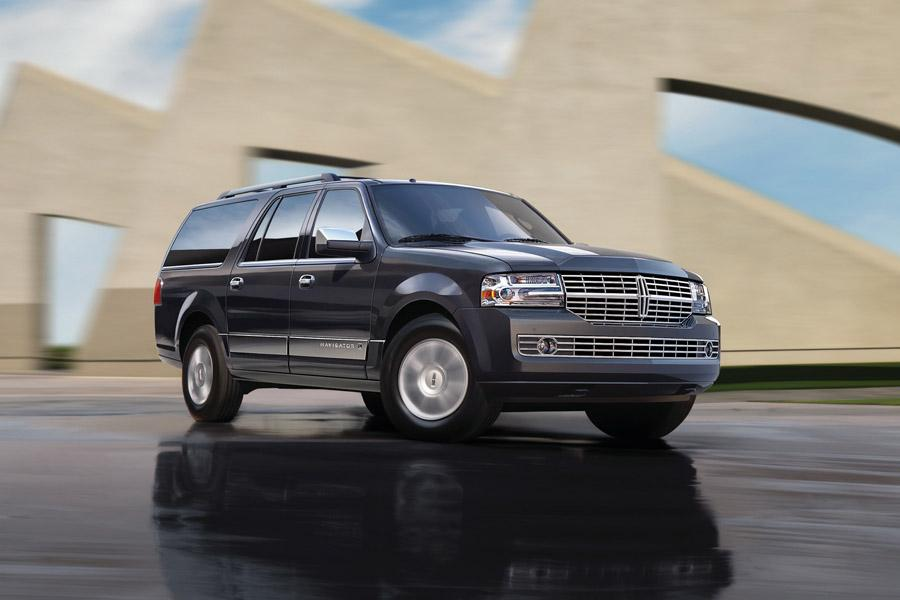 2010 Lincoln Navigator Photo 6 of 11