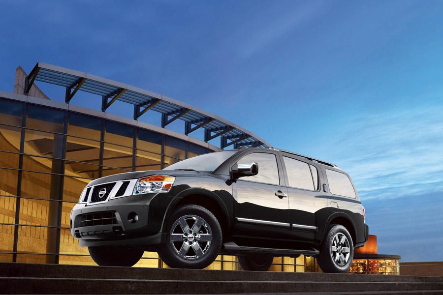 2010 Nissan Armada Photo 2 of 11