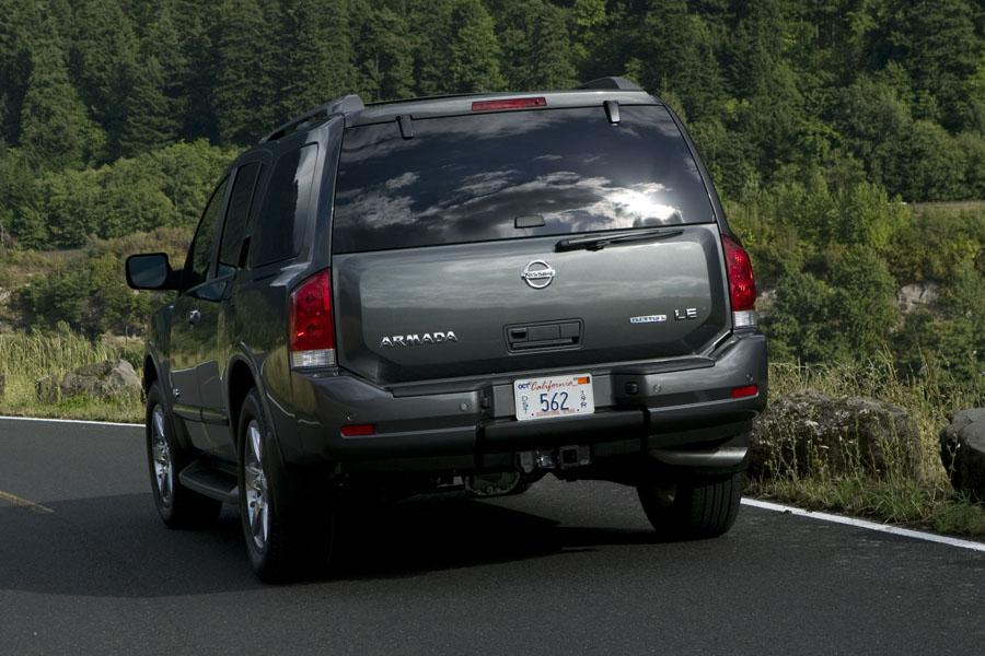 2010 Nissan Armada Photo 3 of 11