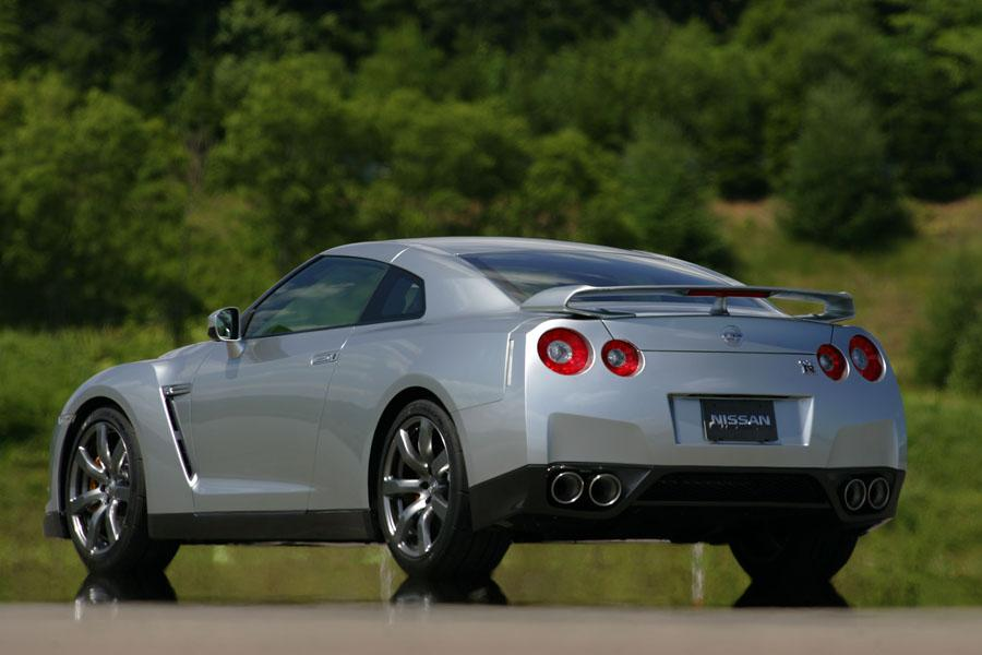 2017 Corvette Z06 For Sale >> 2010 Nissan GT-R Reviews, Specs and Prices | Cars.com