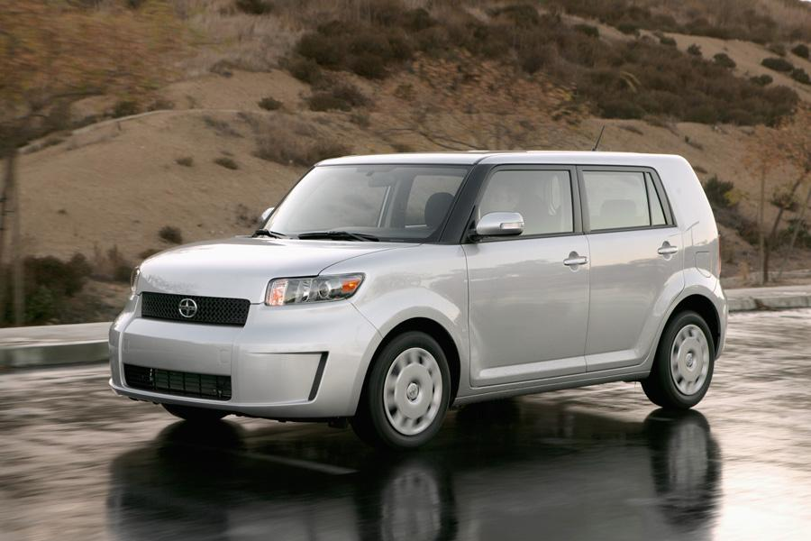 2010 Scion xB Photo 1 of 20