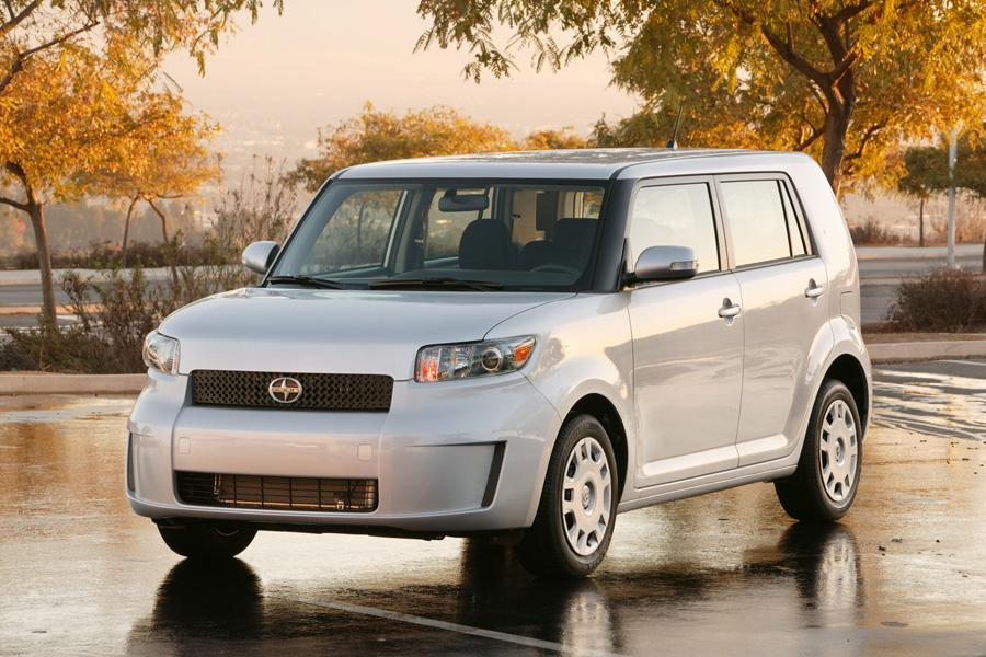 2010 Scion xB Photo 4 of 20