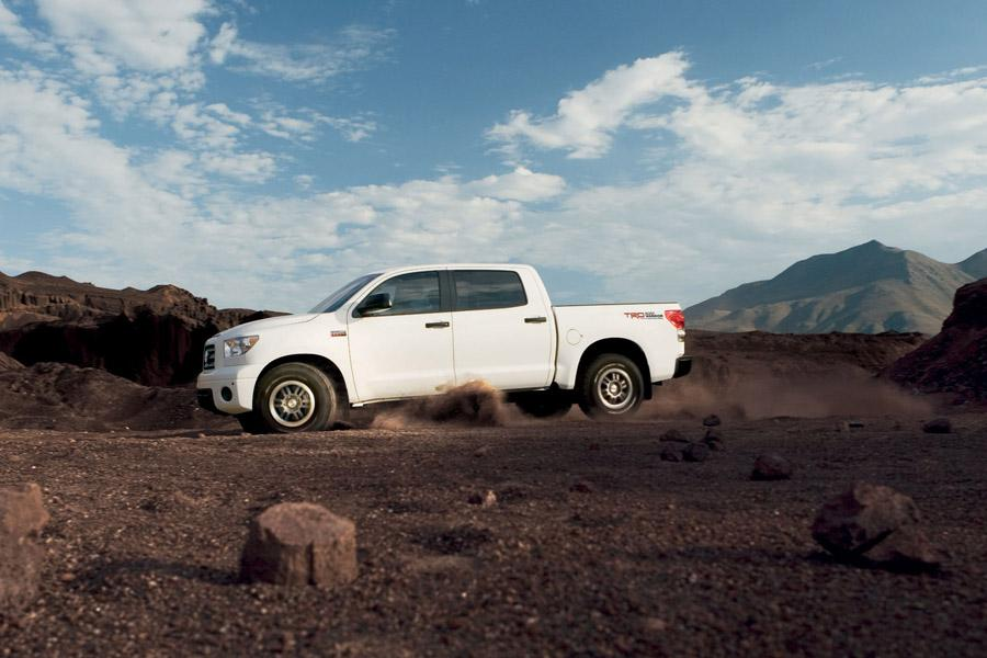 2010 Toyota Tundra Photo 4 of 13