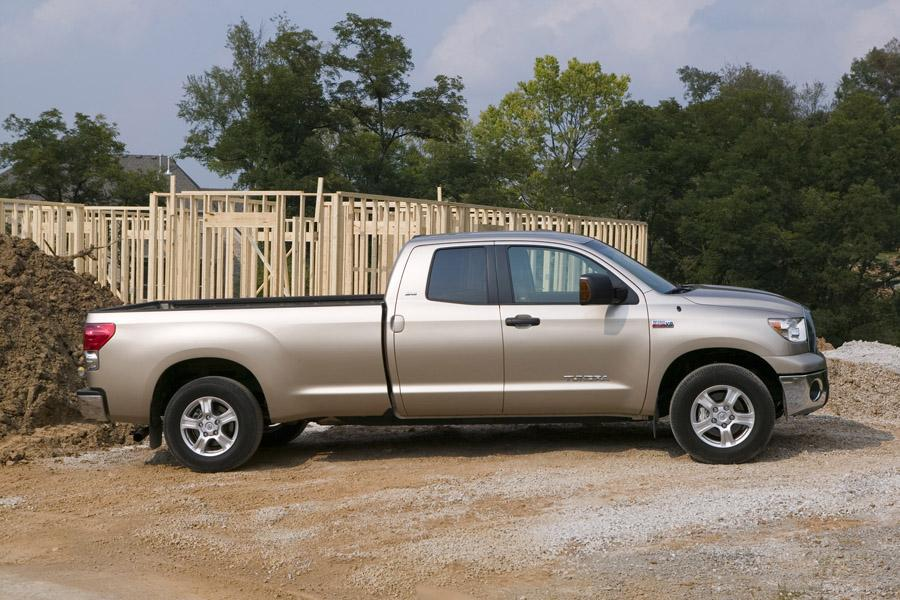 2010 toyota tundra reviews specs and prices. Black Bedroom Furniture Sets. Home Design Ideas