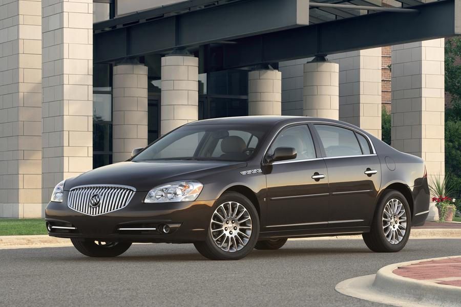 2010 Buick Lucerne Photo 4 of 12