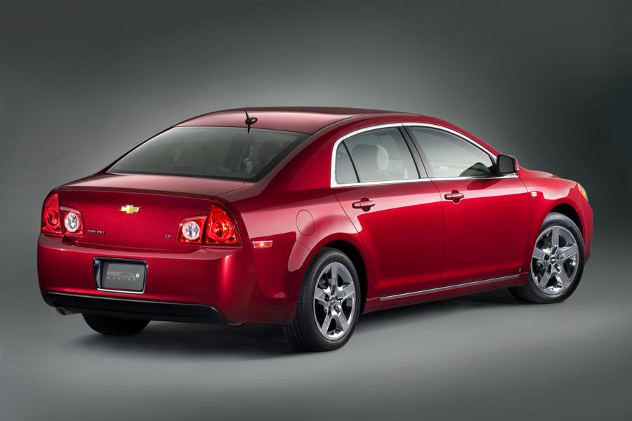 2010 Chevrolet Malibu Photo 2 of 20
