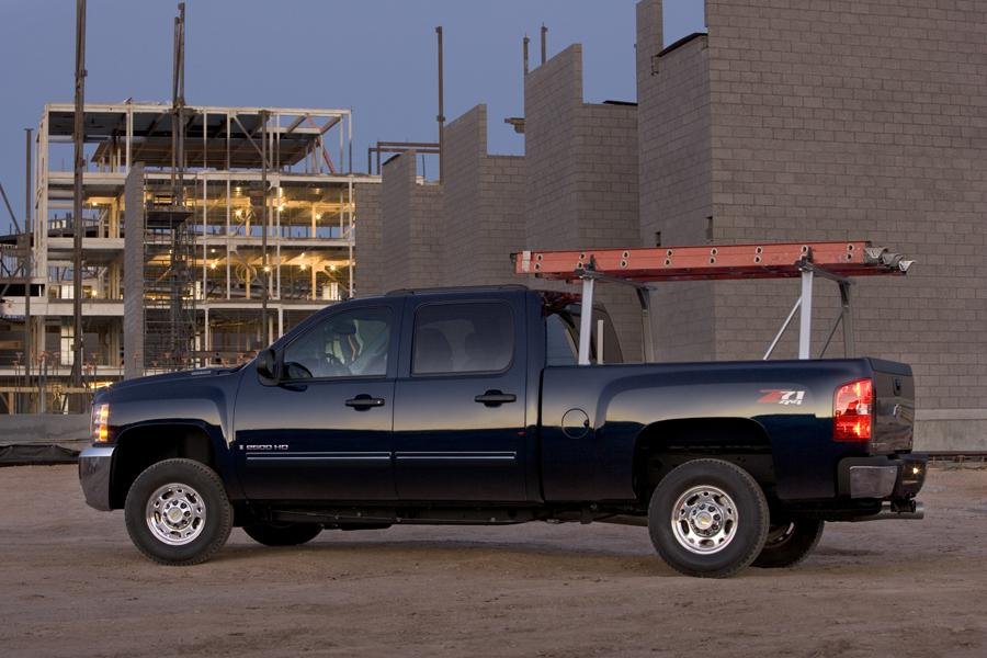 2010 Chevrolet Silverado 2500 Photo 4 of 9