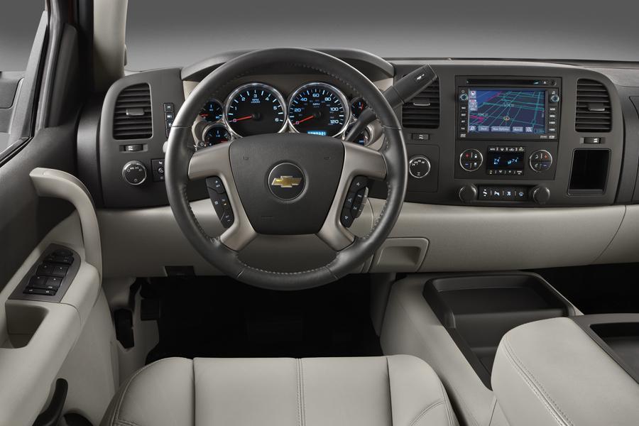 2010 Chevrolet Silverado 3500 Photo 4 of 6