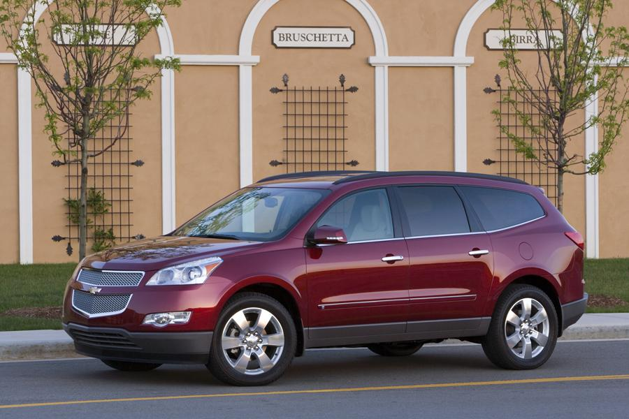2010 Chevrolet Traverse Photo 6 of 14