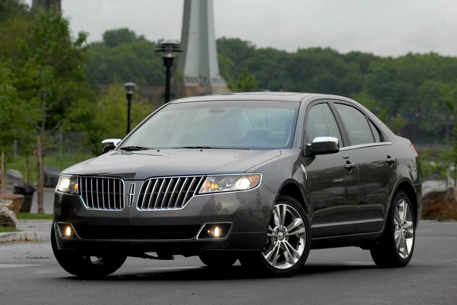 2010 Lincoln MKZ Overview | Cars.com