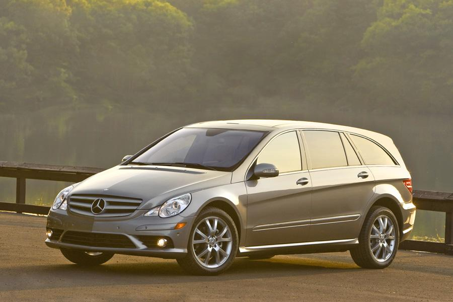 2010 mercedes benz r class reviews specs and prices for Mercedes benz training and education