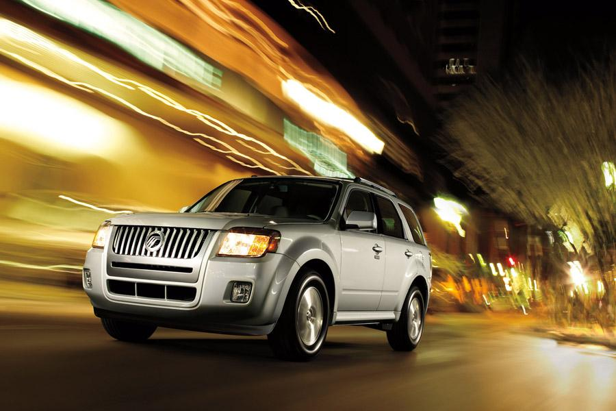 2010 Mercury Mariner Photo 1 of 10