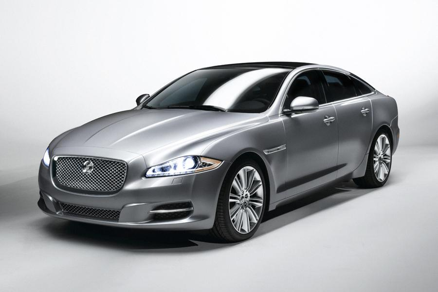 2010 Jaguar XJ Photo 1 of 20