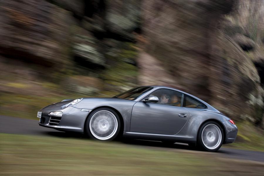 2010 Porsche 911 Photo 4 of 19