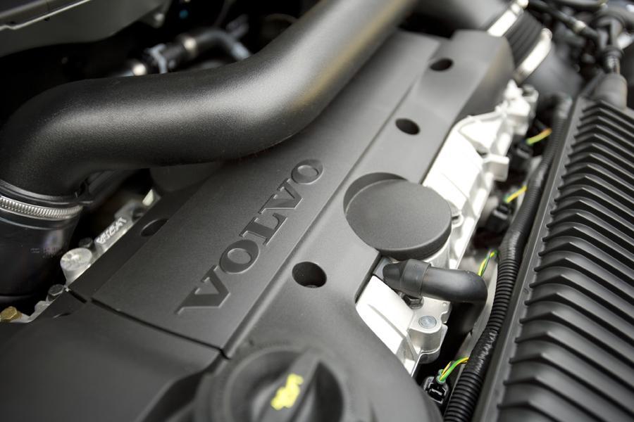 2010 Volvo V70 Photo 3 of 13
