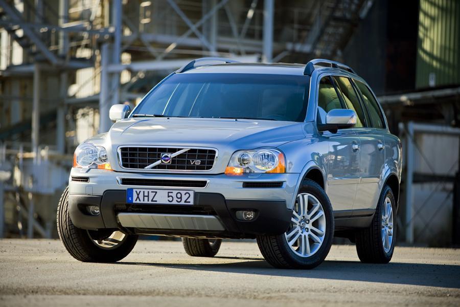 2010 Volvo XC90 Photo 1 of 20