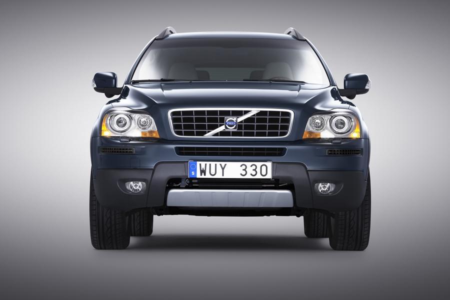 2010 Volvo XC90 Photo 2 of 20