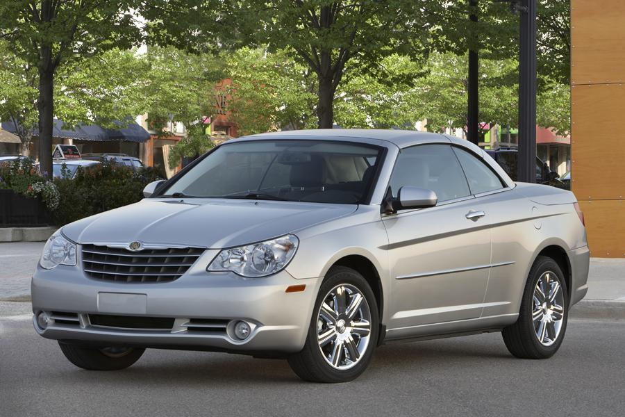Chrysler Sebring Convertible Cars Com Overview Cars Com