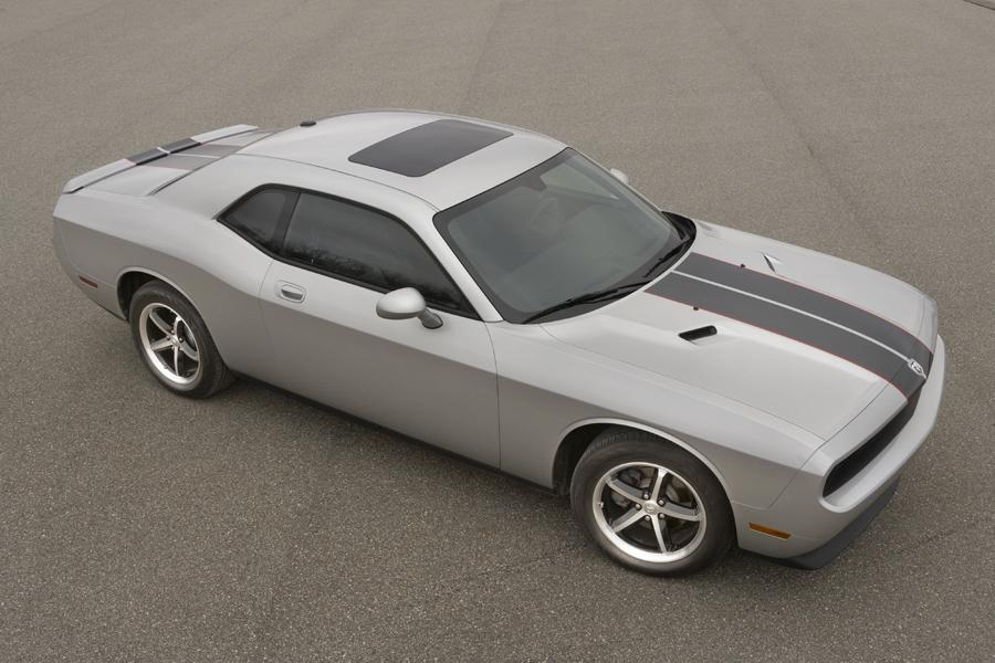 2010 Dodge Challenger Photo 4 of 19