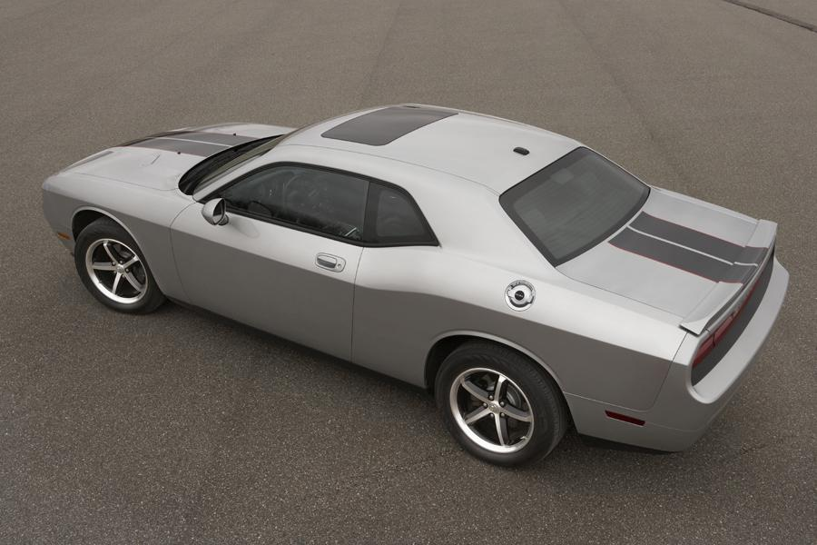 2010 Dodge Challenger Photo 5 of 19