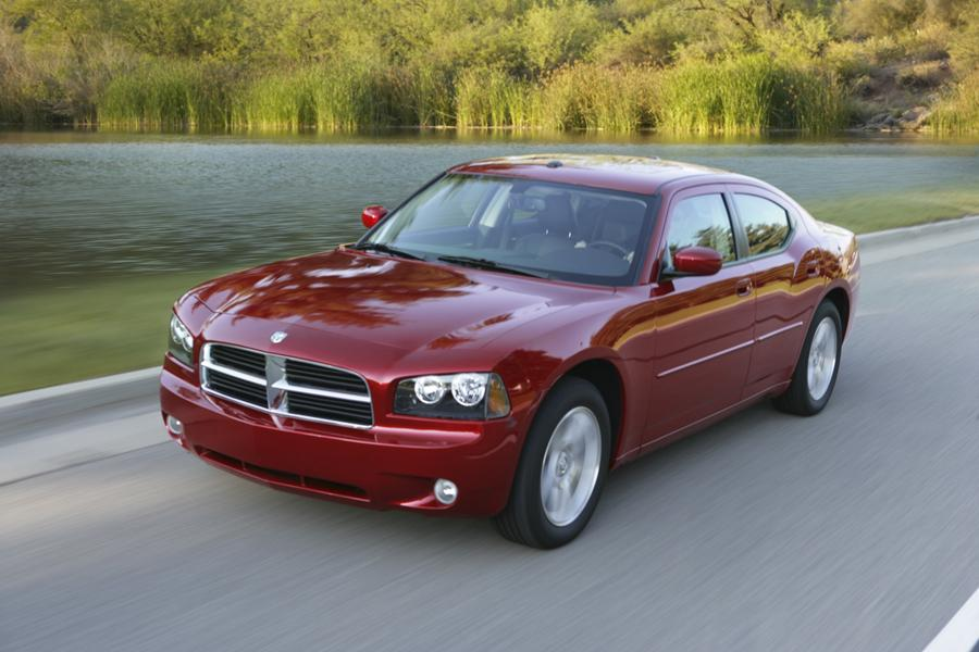 2010 Dodge Charger Photo 5 of 19