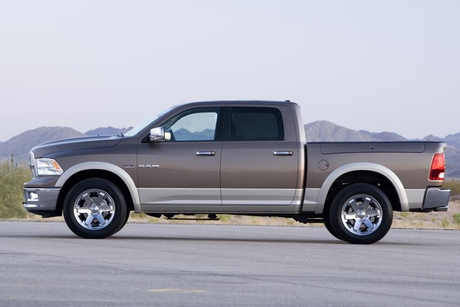 2010 Dodge Ram 1500 Photo 2 of 13