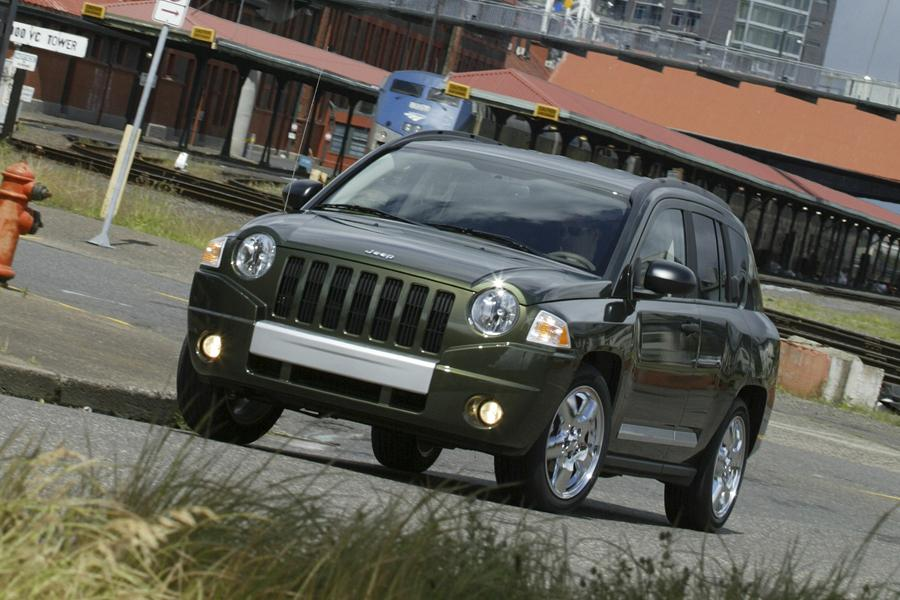 2010 Jeep Compass Photo 1 of 12