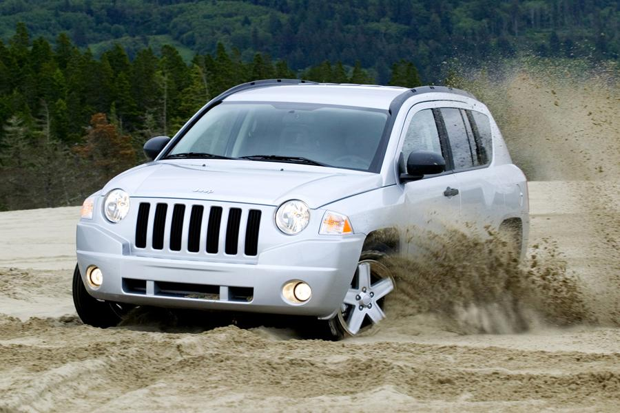 2010 Jeep Compass Photo 3 of 12