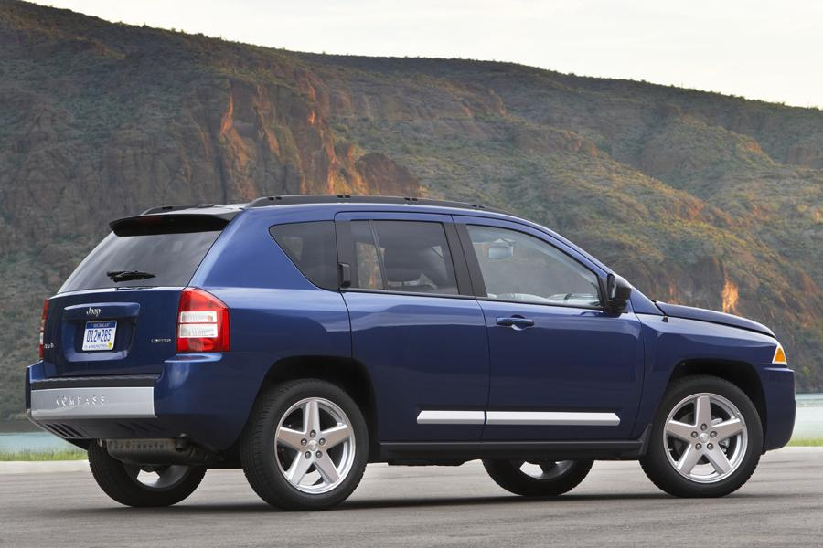 2010 Jeep Compass Overview | Cars.com