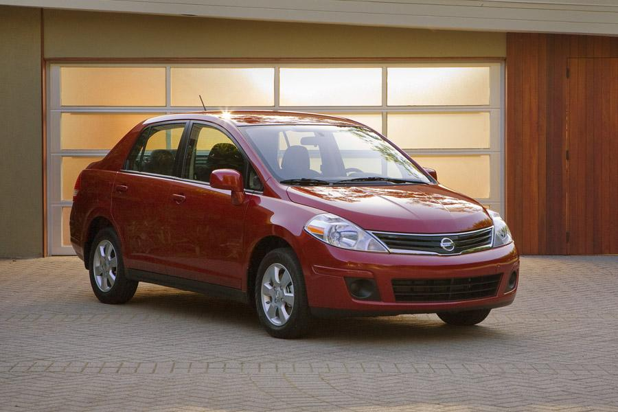 2010 Nissan Versa Reviews, Specs and Prices | Cars.com
