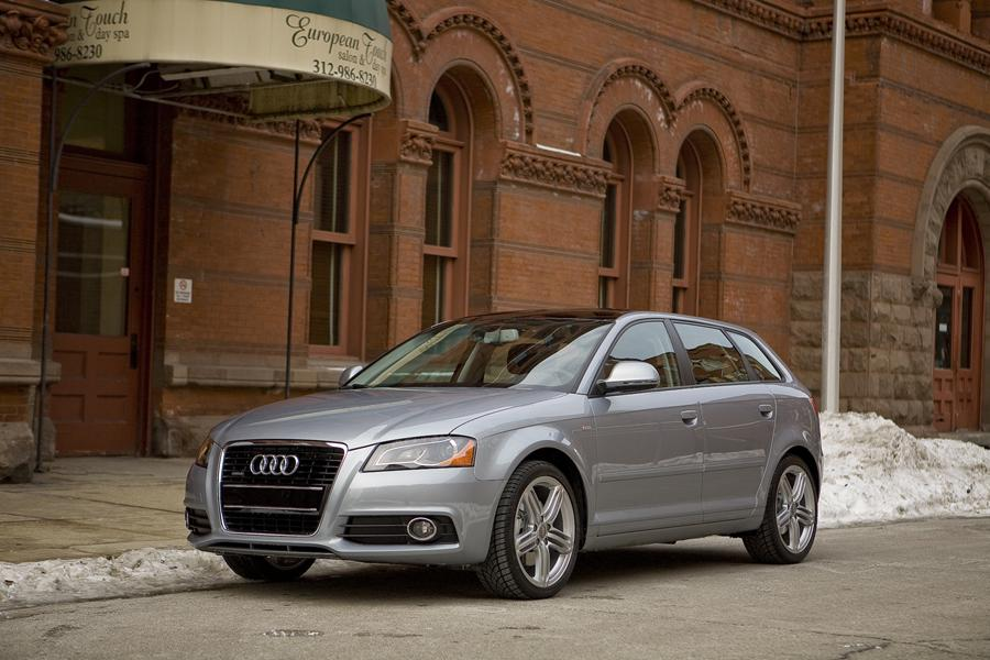 2010 Audi A3 Photo 1 of 20
