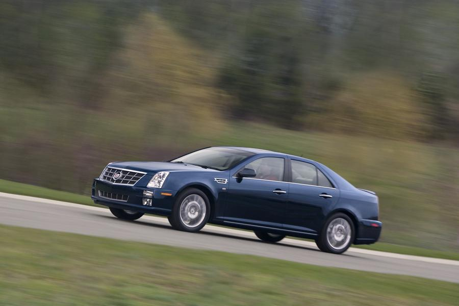 2010 Cadillac STS Photo 5 of 13