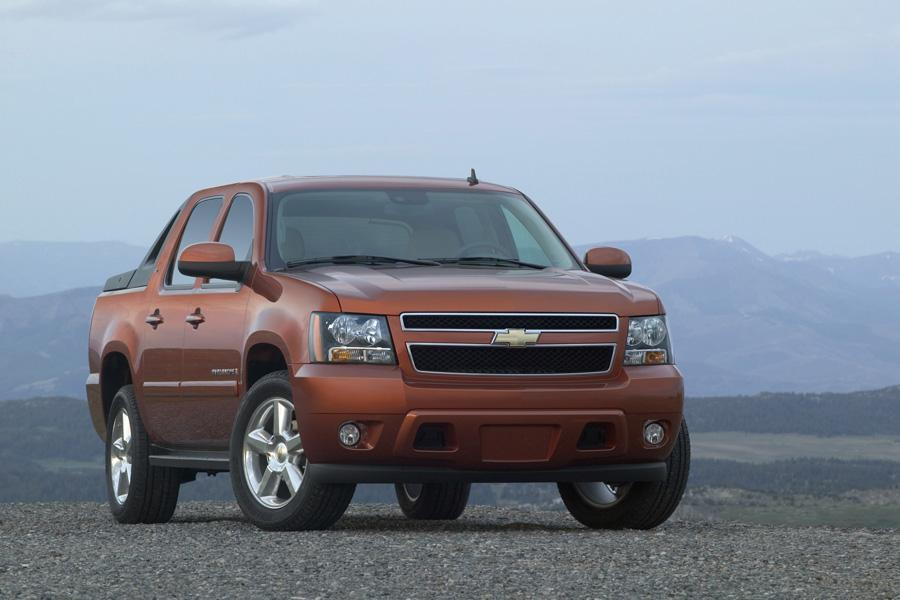 2010 Chevrolet Avalanche Photo 5 of 16