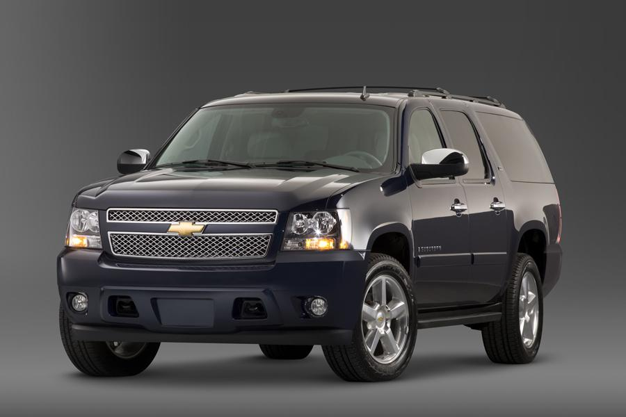 2010 chevrolet suburban overview