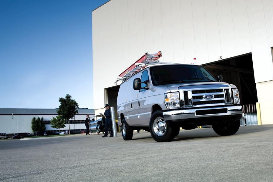 2010 Ford E250 Photo 4 of 5