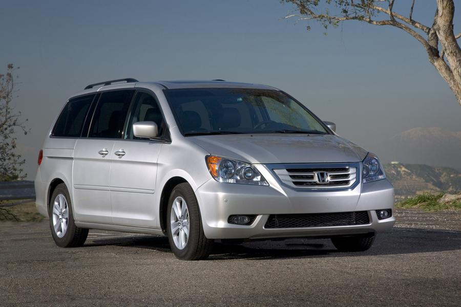 2010 Honda Odyssey Photo 4 of 20