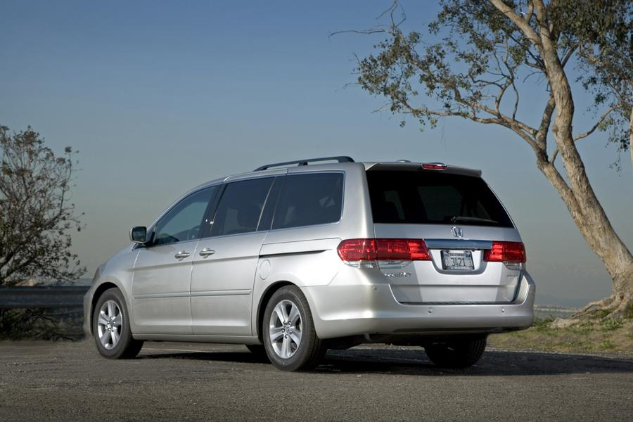2010 Honda Odyssey Reviews, Specs and Prices | Cars.com