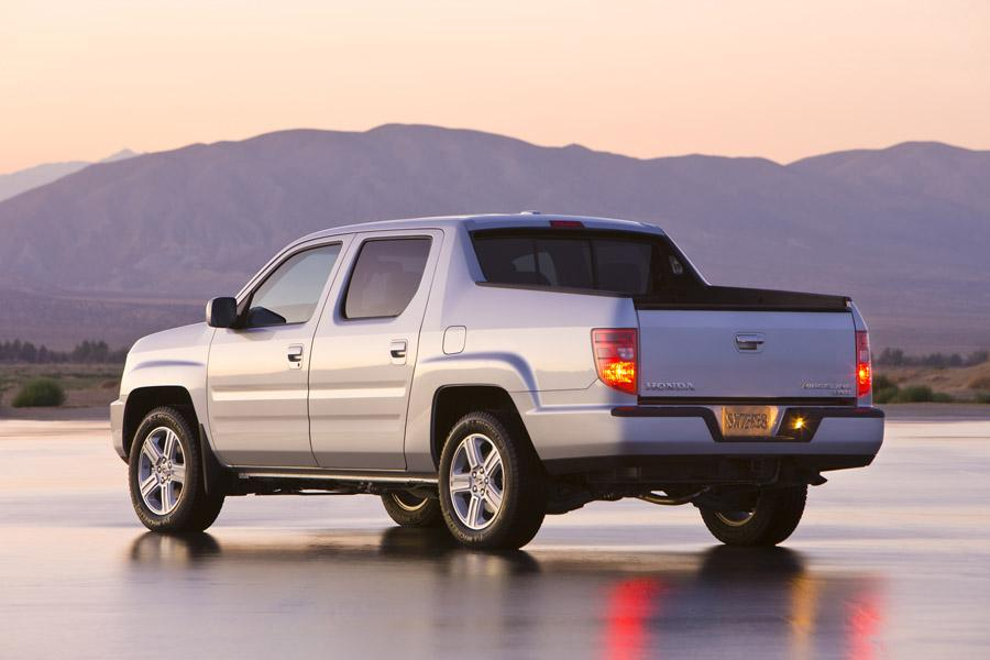 2010 Honda Ridgeline Photo 3 of 20