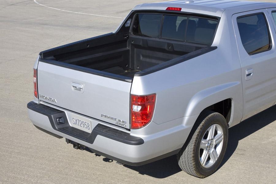 2010 Honda Ridgeline Reviews, Specs and Prices | Cars.com